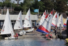Mixed Dinghy Fleet launching