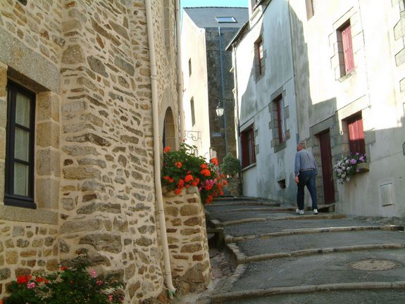 Ruth La Rochelle 088