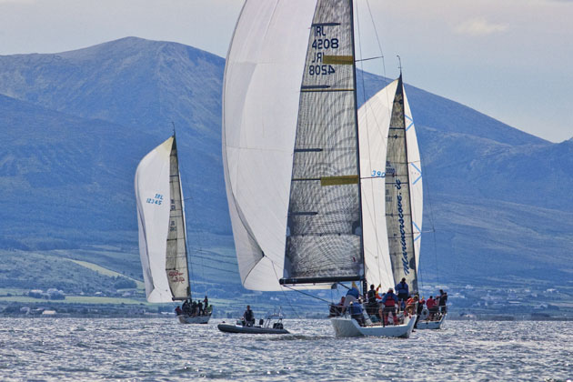 What a background! ICRA/WIORA Championships Tralee Bay 2009. Picture Robert Bateman