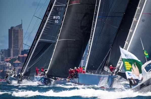 Impressiive big boat start at Rolex Sydney Hobert 2013. Picture Carlo Borenghi