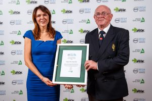 Aoife Dean and Pat Farnan accept the 2019 Volvo Irish Sailing Sustainability Award